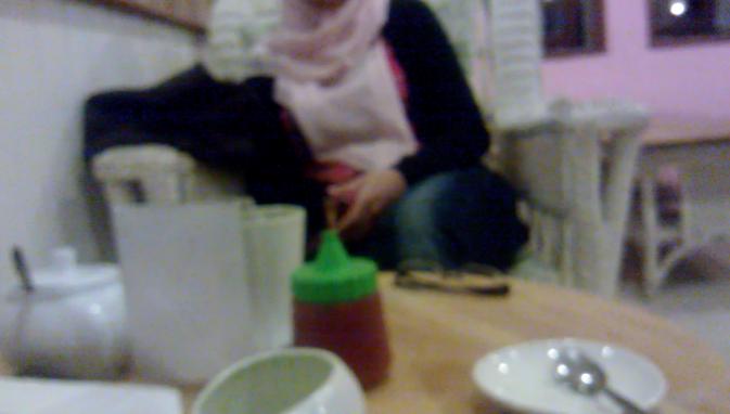 Konsolidasi dengan Icha (Gambar sengaja dibikin blur :p)