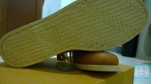 Ciri khas Brodo, sol berpola batik parang