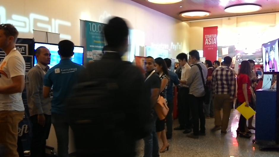 Pengunjung Startup Asia