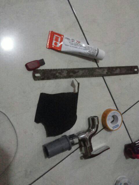 Peralatan Untuk Memperbaiki Pipa