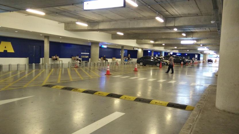 tempat loading mobil