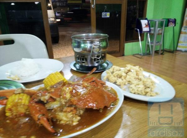 Kepiting, Cumi, dan Tomyam plus nasi 2