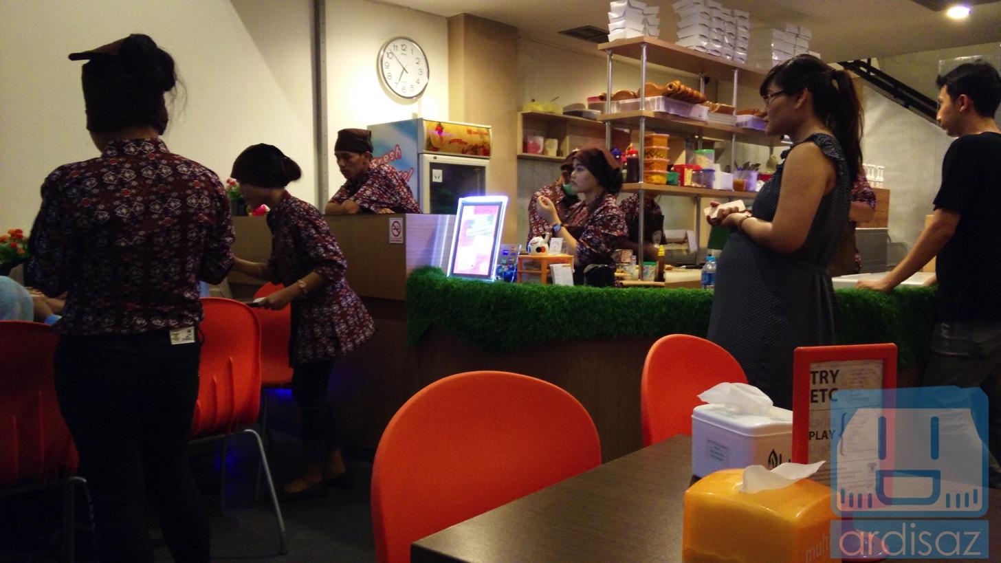 Martabak Ngileer Cafe BSD-4