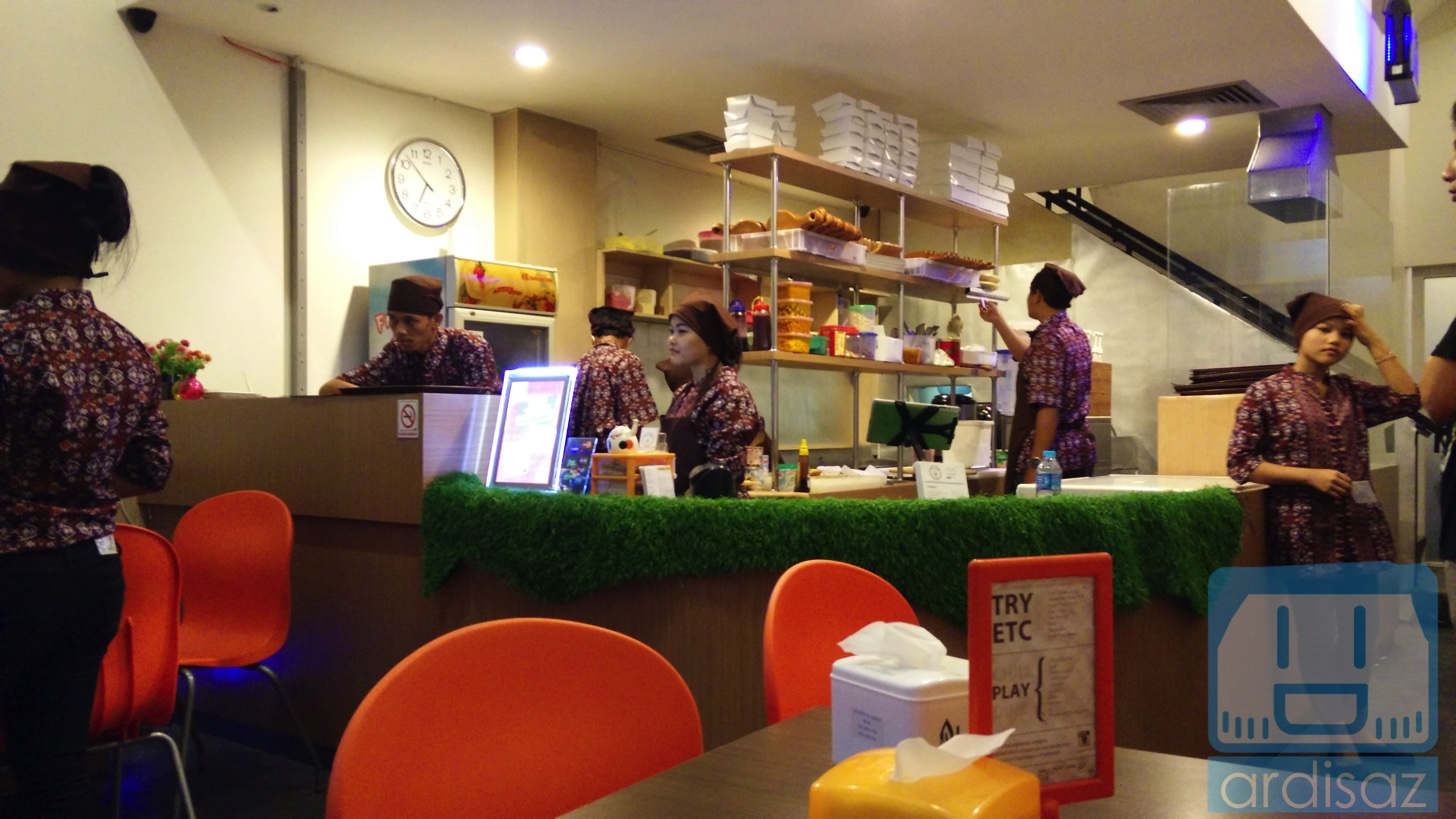 Martabak Ngileer Cafe BSD-5