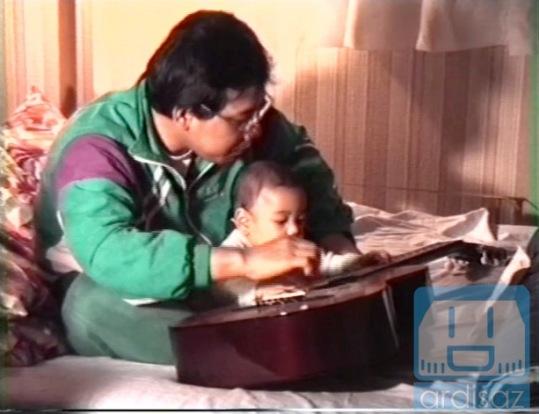 Dididik Menjadi Ayah yang baik oleh Bapak