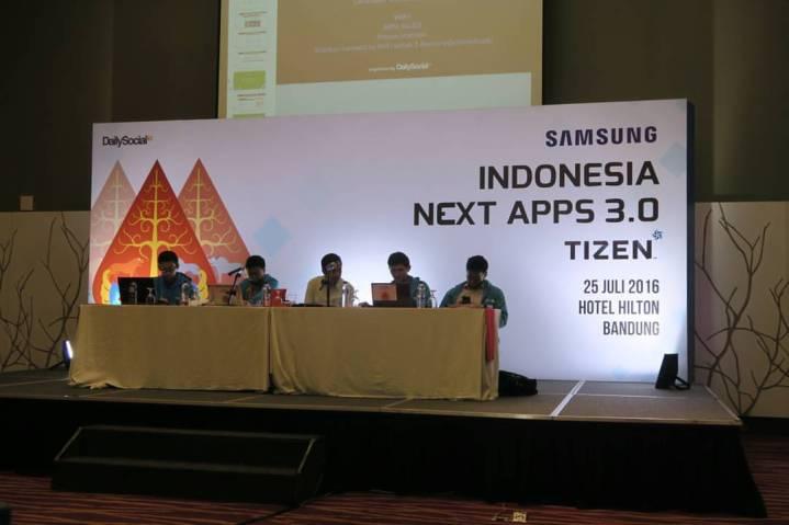Divisi RnD Samsung dihadirkan untuk mengenalkan Tizen